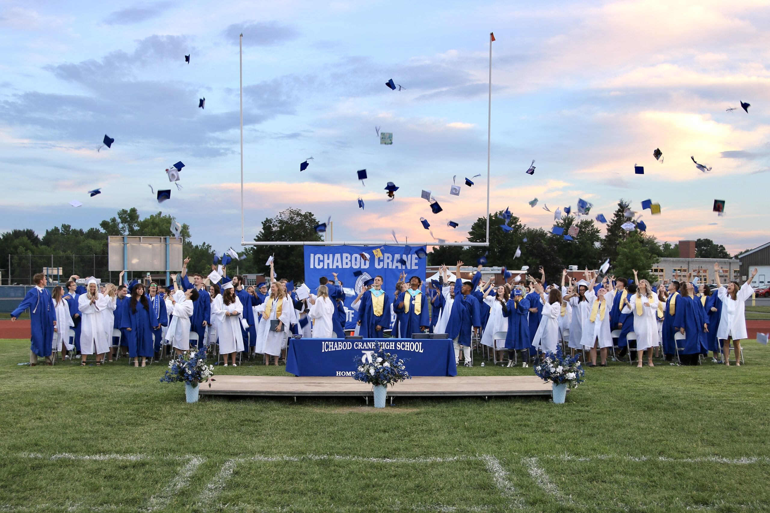Class of 2021 Graduation Pictures now available